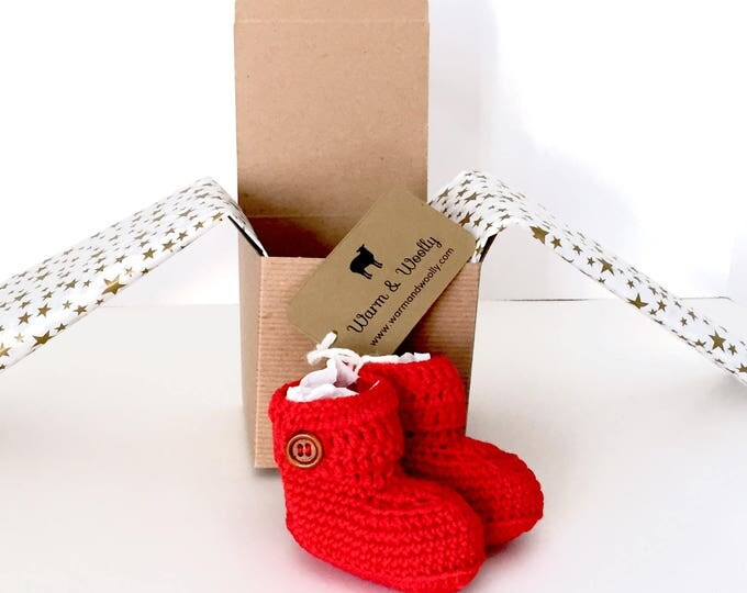 Featured listing image: Short Button Cuff Baby Booties in Red Merino Wool