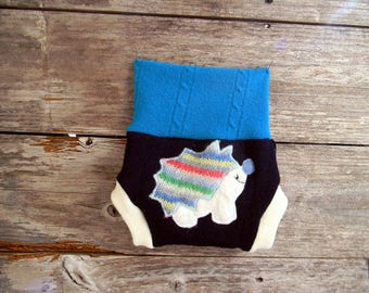 Upcycled Wool Soaker Cover Diaper Cover With Added Doubler Teal/ White /Navy Blue With Hedgehog Applique NEWBORN 0-3M Kidsgogreen