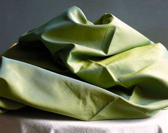 Vintage Shot Rayon Fabric - Green Solid Yardage - Changeant Curtain Panel 2.44 Yards 48 Inches Wide - Upholstery Textile