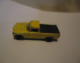 Vintage Hot Wheels Yellow Pickup Truck 1186MJ, I, NL, collectable
