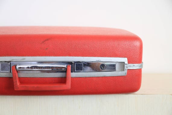 Vintage Luggage Samsonite Red Hard Suitcase