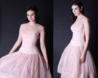 On SALE 40% Off - Vintage 1950s Dress - 50s Dress - Blush Pink Wedding Dress - 1950s Wedding Dress  - 2854