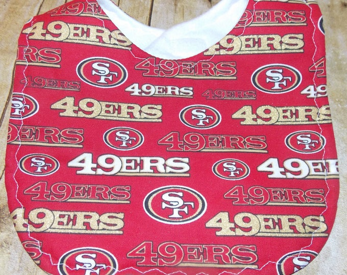 Baby Bib handmade using licensed 49ers fabric -  Sports baby bib - NFL licensed fabric  - San francisco Baby Bib - Football fan - football