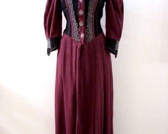 Vintage Dirndl Does Pirate Dress - Stunning Plum and Black Dirndl Dress - Ultra Suede - Aubergine Eggplant Drindl Dress - Medium US 8 UK 12