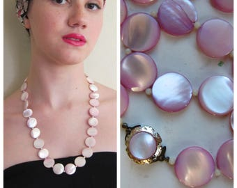 Vintage 1950s Pink Necklace from Japan / 50s Midcentury Disc Bead Necklace Dyed Mother of Pearl