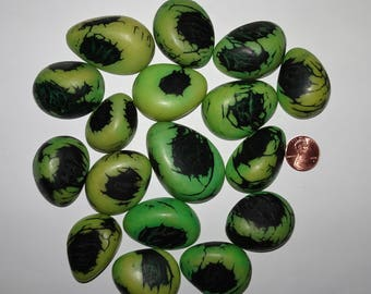 17 Green, Tagua Nut Slices, Top Slices, NOT DRILLED, Organic Beads, Natural Beads, Vegetable Ivory Beads, EcoBeads 21