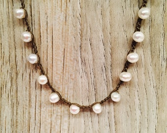 Pretty Pearls Delicate crocheted Classic necklace
