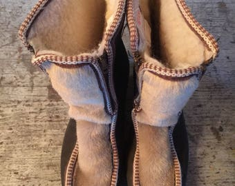 Vintage Women's Yodelers Snow Boots Shoes Size 9