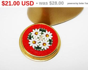 Round Red & White Daisy Mosaic Brooch - Daisy Flowers Pin - White Daisies and Green Leaves - Signed Italy Mosaic Pin - 1960s European