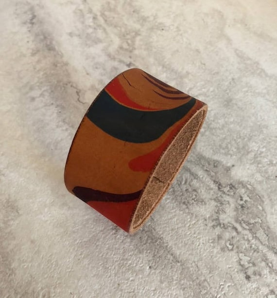 Handmade Essentials Hand Dyed Marbled Leather Cuff Bracelet (Size 7.0)