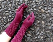 Early 1960s Long Plum Gloves // Purple Burgundy Wine Maroon Size 6 - 7 by Fownes All Nylon