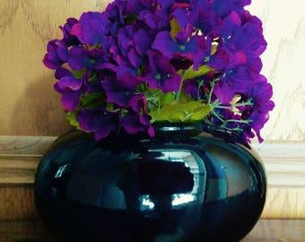 Vintage Haegar Large Black flower vase STUNNING Numbered 4317