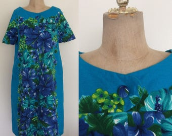 1970's Turquoise Blue Hawaiian Hibiscus Tent Dress w/ Flutter Sleeves & One Pocket Size Medium Large by Maeberry Vintage
