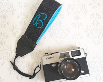 Personalized Wrist Camera Strap, Padded, Nikon, Canon, Photographer Wrist Strap, Wedding Photographer Gift, Wristlet - Black Scroll