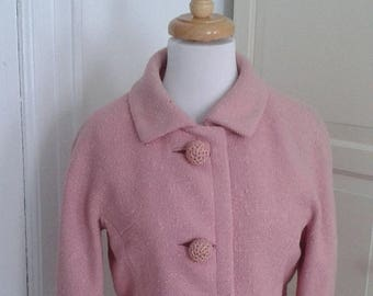 ON SALE 50s Pink Jacket, 60s Blazer, Huge Crocheted Buttons, Bonwit Teller, 3/4 Sleeves, Size Medium