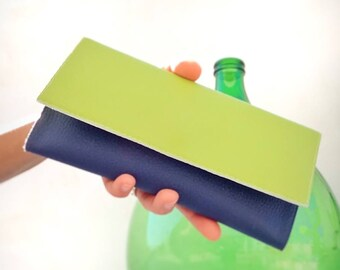 Credit card wallet phone case, long wallet women, trifold wallet clutch, green wallet holder, zipper wallet, coin wallet for her, gift for