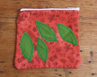 Green Leaf Zipper Pouch