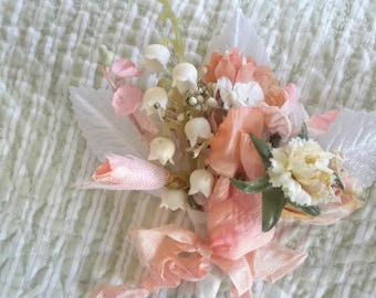 BOUQUET mini flowers vintage millinery cloth floral 12 stems tussie mussie