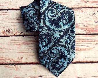 Vintage Necktie - Vintage Paisley Tie - Vintage Blue Tie - 70s Vintage Tie - Vintage Menswear - Paisley Necktie