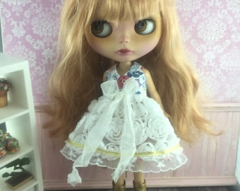 Blythe Garden of Roses Dress - White with blue Floral