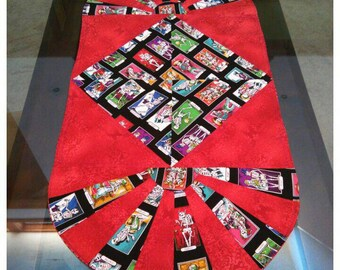 "Day of the dead Table runner 36"" Alter placemat, Sugar Skull Placemat , Calacaturas kitchen gift, Halloween place mat, Dia de los Muteros"