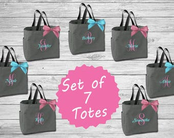 Set of 7 Bridesmaid Tote bridal party tote bags bridesmaid gifts , beach bag bachelorette party gift , bridemaid tote Monogrammed Totes