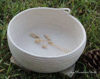 Handmade Natural Rope Basket. Home Decor and Organization. Made in Montana. myMountainStudio Baskets. OOAK Basket 013. Ready to Ship.