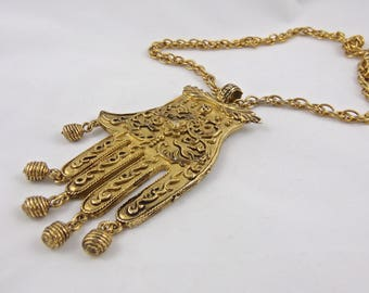 Vintage Hand of Peace Pendant Necklace Costume Jewelry Gold Tone Necklace 1970s