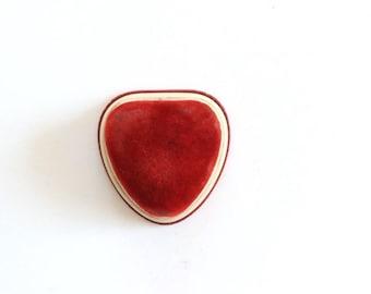 Vintage Ring Box / vintage velvet ring box, red velvet heart, ring holder wedding, ring holder box, proposal ring box, heart ring box