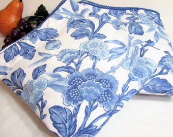 Vintage Ralph Lauren Blue JACOBEAN FLORAL Pair of Flanged Pillow Shams, King Size, Set of 2 ... Blue Floral on White, Braid Piped Edge