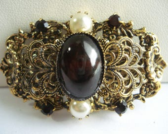 Art Deco  Czech Red Glass and Goldtone Filigree Brooch 1950's