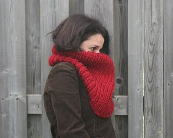 Knit Chunky Cowl,Knitted Scarf,Ribbed Cowl//Cranberry//THE ALGOMA THERMAL