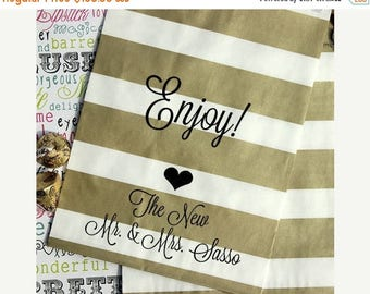 "GLAMSALE 200 Personalized Gold Metallic Wedding Favor Bags, Custom Wedding Candy Bags, Cookie Bags, Popcorn Bags,""Enjoy!""- Names and Date"