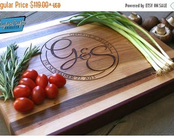 ON SALE Chopping Block - Personalized and Engraved - Wedding Gift - Anniversary Gift - Housewarming Gift