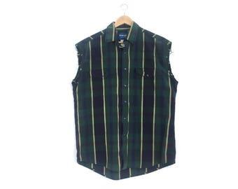 Vintage Sleeveless Men's Wranger Western Shirt // Vintage Cut-off Wrangler Western Shirt // Pearl Snap Wranger Western