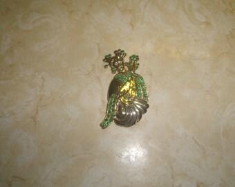vintage pin brooch oriental lady green rhinestones goldtone