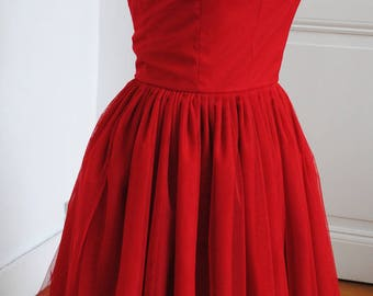 Strapless dress in red tulle - 34 to 46 to order