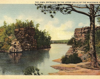 Wisconsin Dells, Wisconsin, Wisconsin River, The Jaws, Entrance - Vintage Postcard - Postcard - Unused (G)