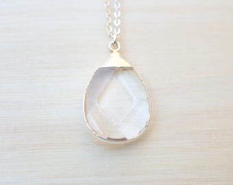 Quartz Silver Necklace Crystal Quartz Pendant Necklace Silver Pendant Necklace Layered Necklace Simple Wedding Necklace Bridesmaid Necklace