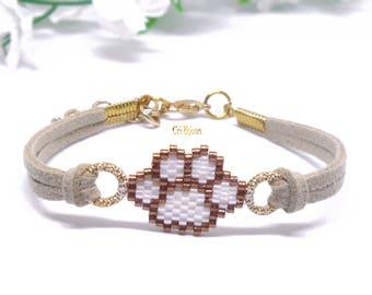 Animal lover gift cat paw bracelet, pet lover bracelet dog paw jewelry little girl bracelet, tiny beaded bracelet, brown beige bracelet gold