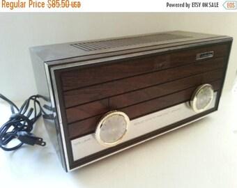 Now On Sale Vintage Topp Radio, Juliette Radio, Collectible Electronics, 1950s 1960s Radio, Working Radio