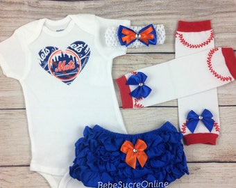 New York Mets Game Day Outfit