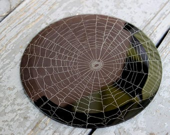 PETRONIA Spider web decoration - real spider web under round glass paperweight