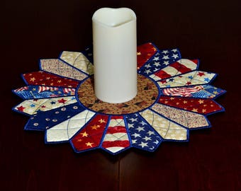 Patriotic Dresden Plate Table Topper or Candle Mat in Country Colors