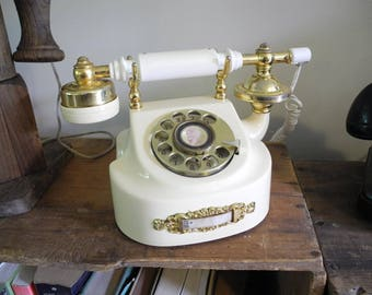 Vintage Provincial Rotary Dial Telephone - Works Great :-D Lovely Cameo Dial Telephone. Vintage Rotary Dial Telephone.