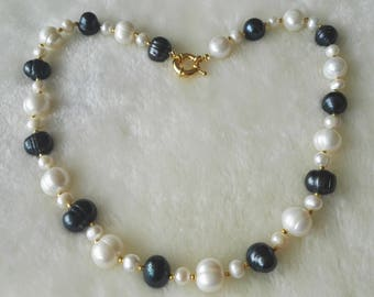 Pearl Necklace- 11-12 mm white & black freshwater pearl necklace