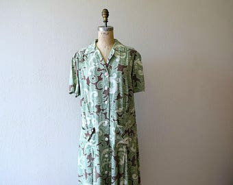 1940s vintage dress . 40s volup day dress