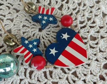 Vintage Patriotic Necklace in Red + White + Blue on Just String - Retro Patriotic Jewelry, Costume Jewelry, Wood Heart/Stars, 4th of July