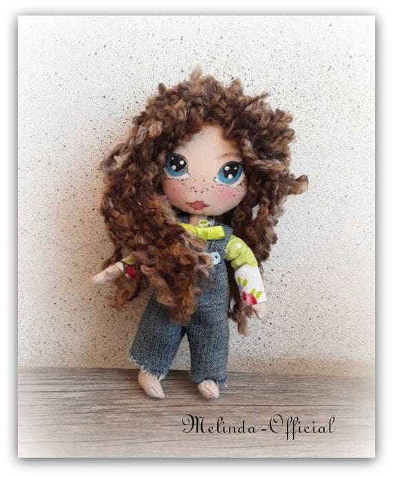 Bambola di stoffa,Rebellious doll,bambolina ribelle,bambolina artistica da collezione,textile doll