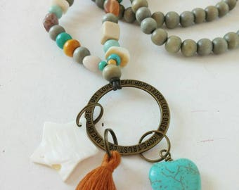 Bohemian necklace with dingly dangly pendants...